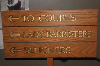 Lady_barristers